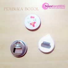 pin-button-002